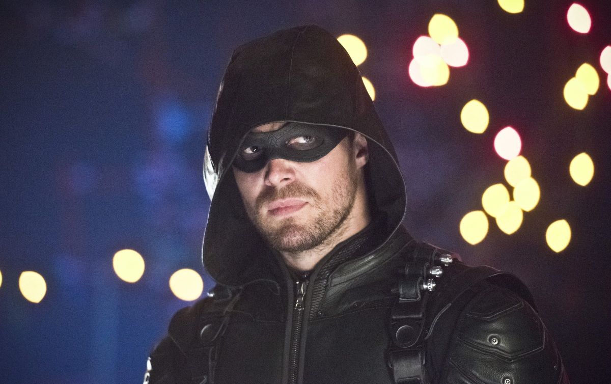 'Arrow' is Back in New Season 5 Clip