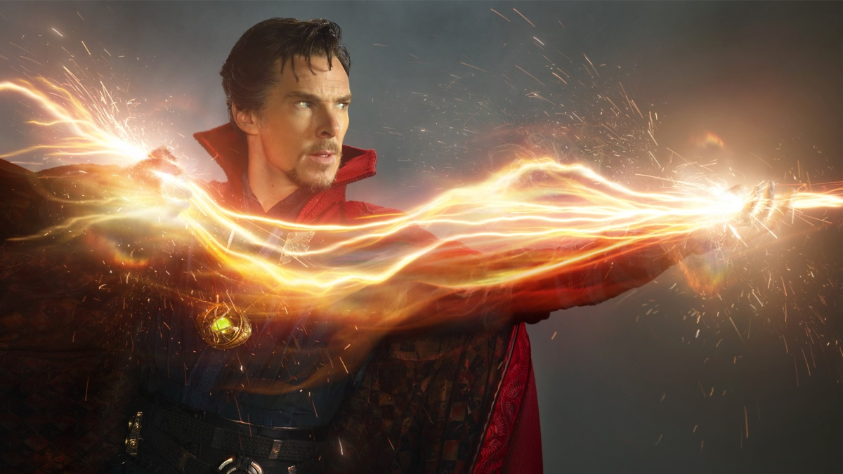 Doctor Strange Featurette Plus New Chinese Banner
