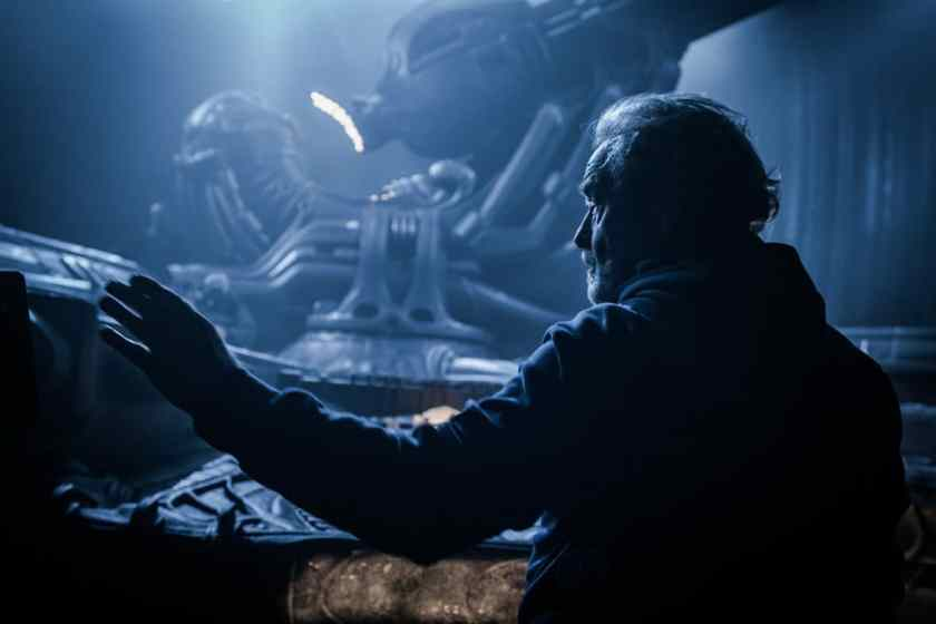 alien-covenant-ridley-scott-set