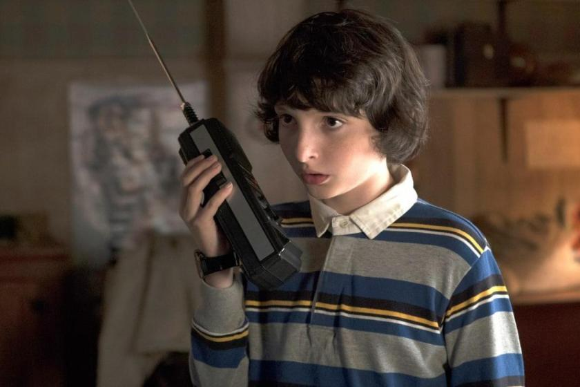finn-wolfhard-play-nirvana-lithium-song-guitar-stranger-things-6beed37d-ed8d-4bdf-a914-5f7189529882.jpg
