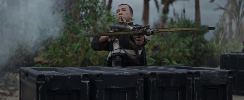 rogue-one-a-star-wars-story-trailer-3-chirrut-imwe-with-crossbow