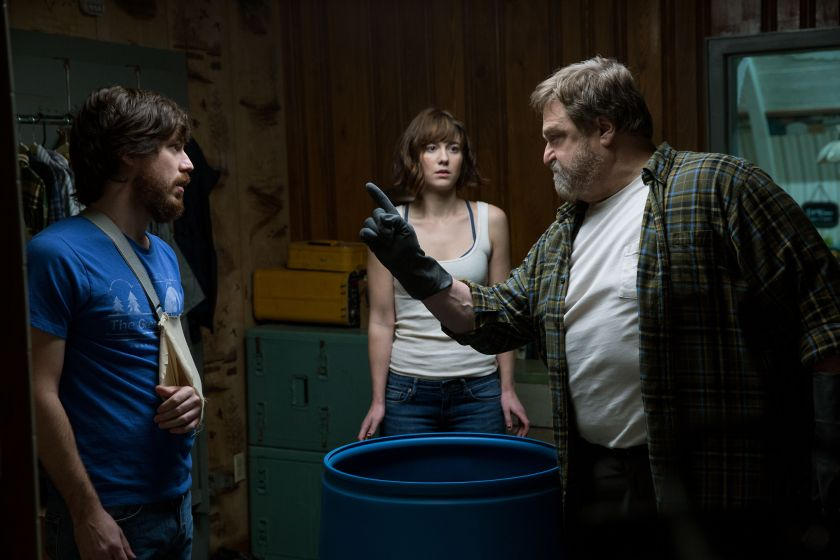 10_cloverfield_lane_paramount-0